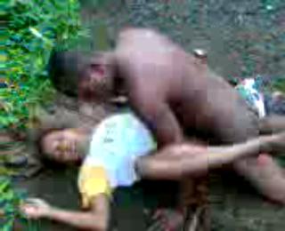 Download vidio bokep Cewek Papua Ngentot Dijalan mp4 3gp gratis gak ribet