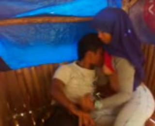 Kumpulan video bokep terbaru Perempuan muslim soleha ngentot di gubuk