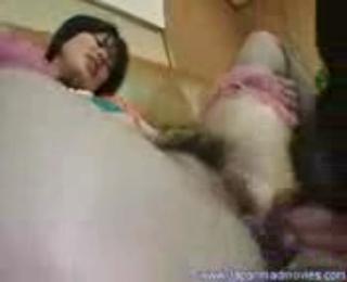 Gadis jepang ngentot sama anjing