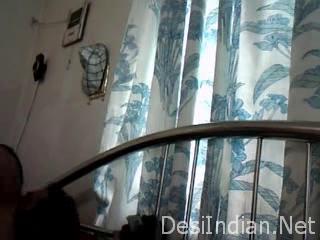 desi Indian Call Girl giving Blow Job