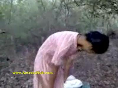 desi Village girl Rumki fucking video in jungle