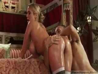 Gorgeous Blonde Round Ass Girl Hard Sex