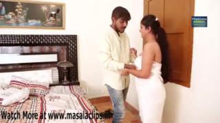 desi Cute Bhabhi Having Sex in Bath Towel