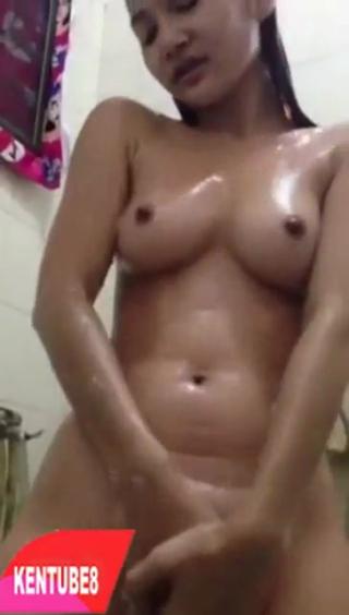 Abg cantik mandi sange masturbasi